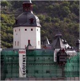 Unübersehbar: Burg Pfalz